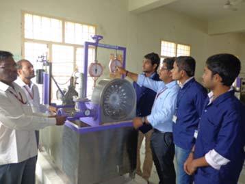 training mekanika fluida mesin